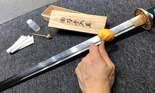 Обслуговування мечів
